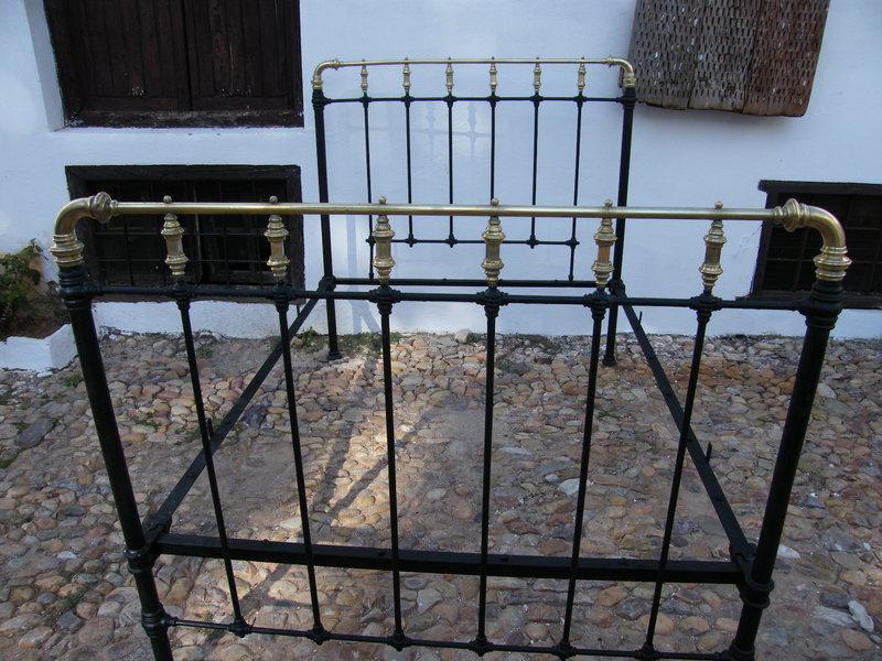 Excelente Camas De Metal Antiguas Componente - Ideas de Decoración ...